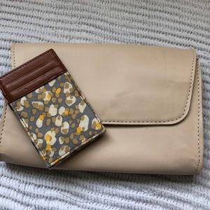 J. Crew magic wallet
